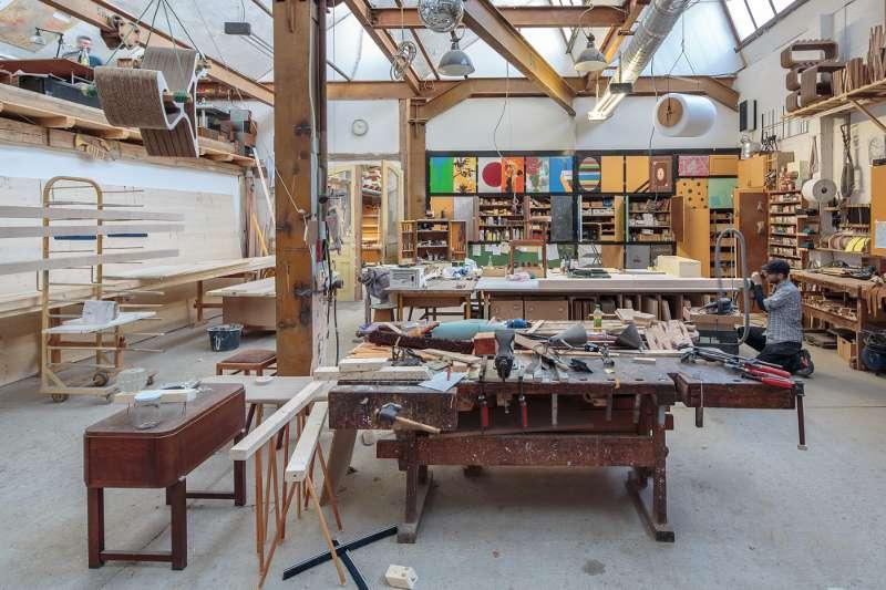 Der Werkstattbereich der Tischlerei im Leipziger Stadtteil Plagwitz.