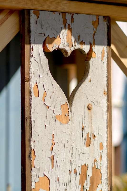 Das Zeichen des Wilden Heinz an einer Tür