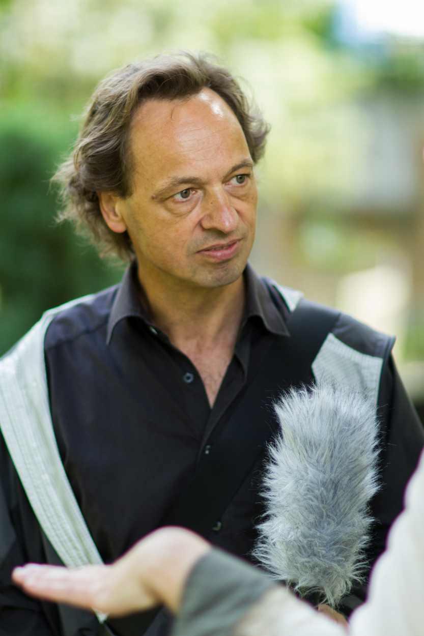 Bertram Weisshaar im Gespräch mit Petra Mattheis.