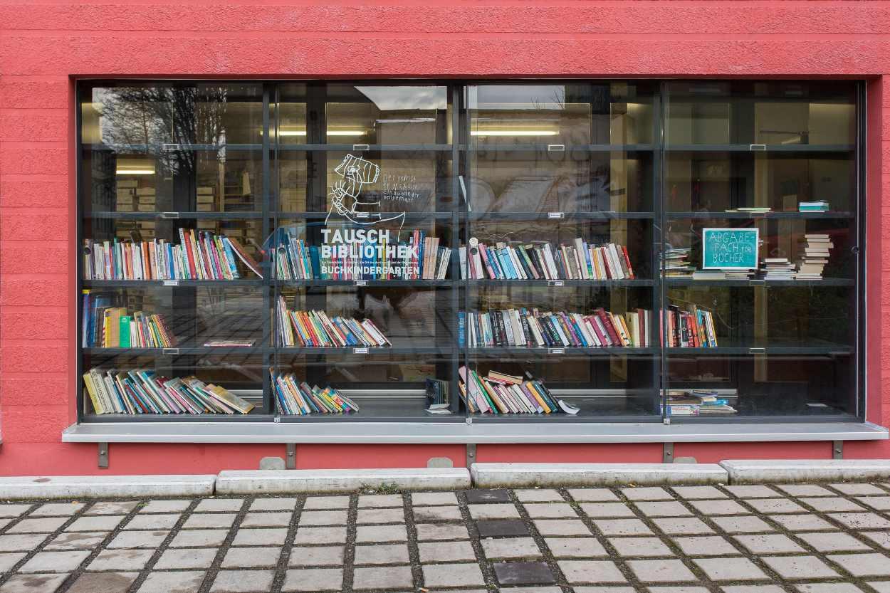 Tauschbibliothek des BuchKindergartens in Leipzig Lindenau.