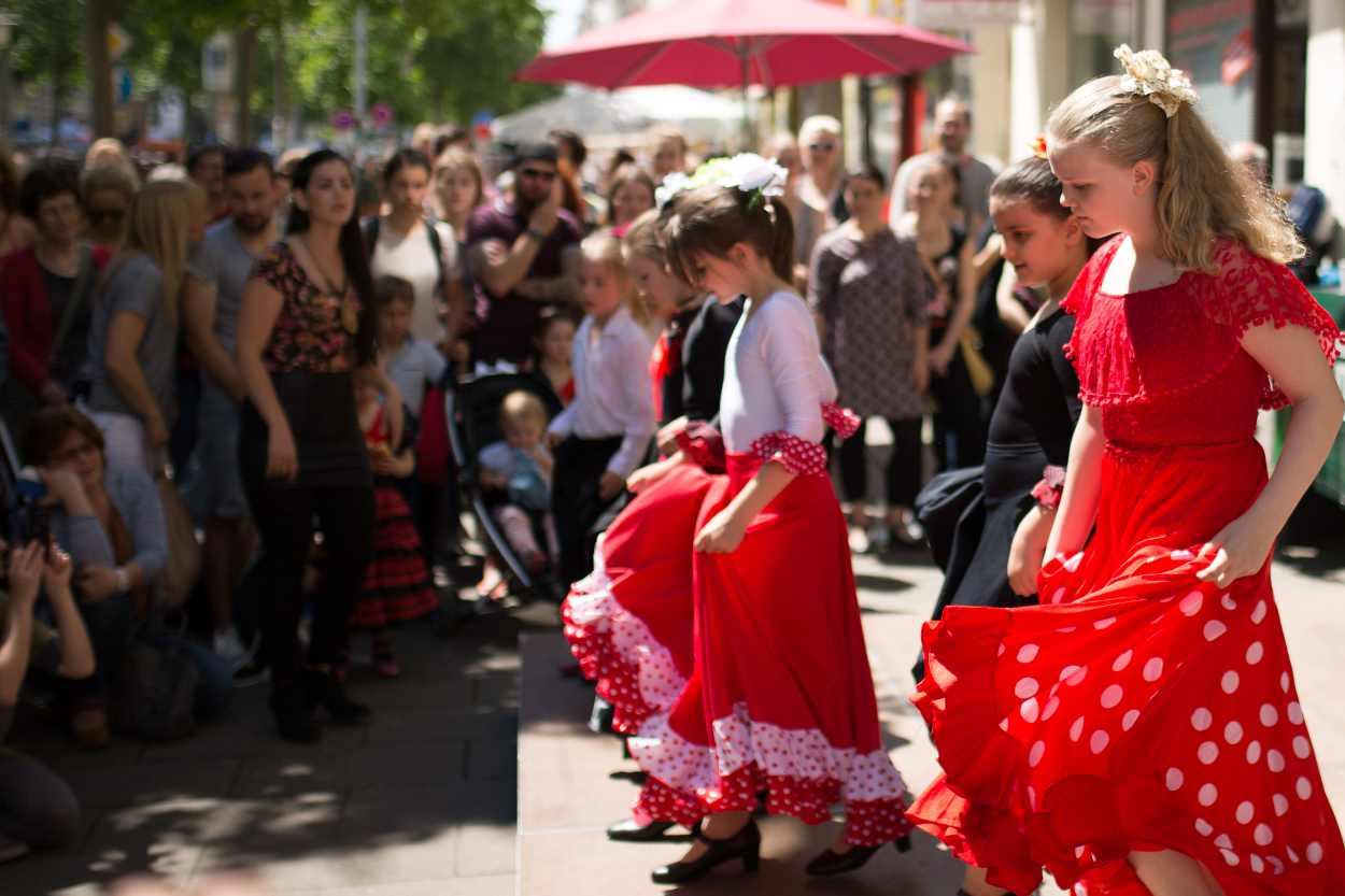 Tanzeinlage auf dem Straßenfest