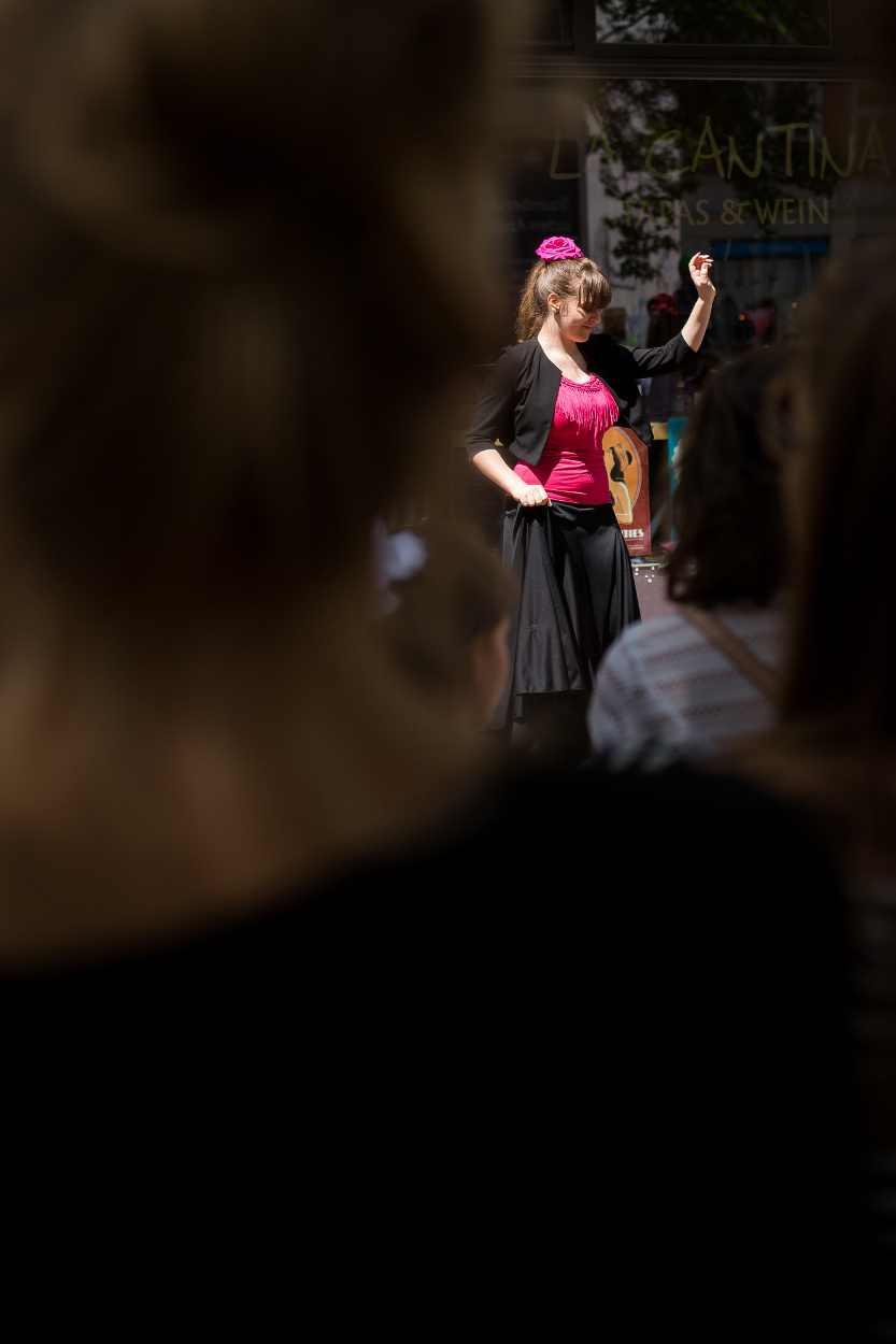 Tänzerin auf dem Bohei Fest in Leipzig Lindenau.