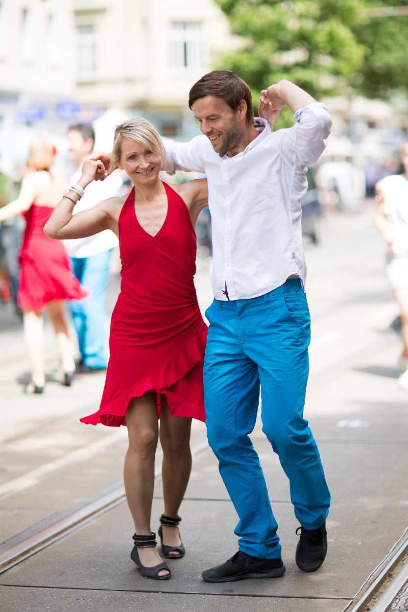 Tanzeinlage auf dem Straßenfest Bohei & Tam Tam auf der Karl-Heine-Straße Leipzig.