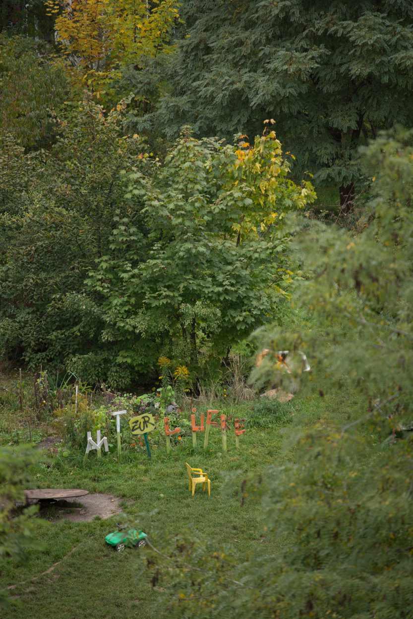 Blick in die Nachbarschaftsgärten in Leipzig Lindenau im Herbst 2015.